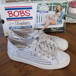 🆕️ Skechers shoes